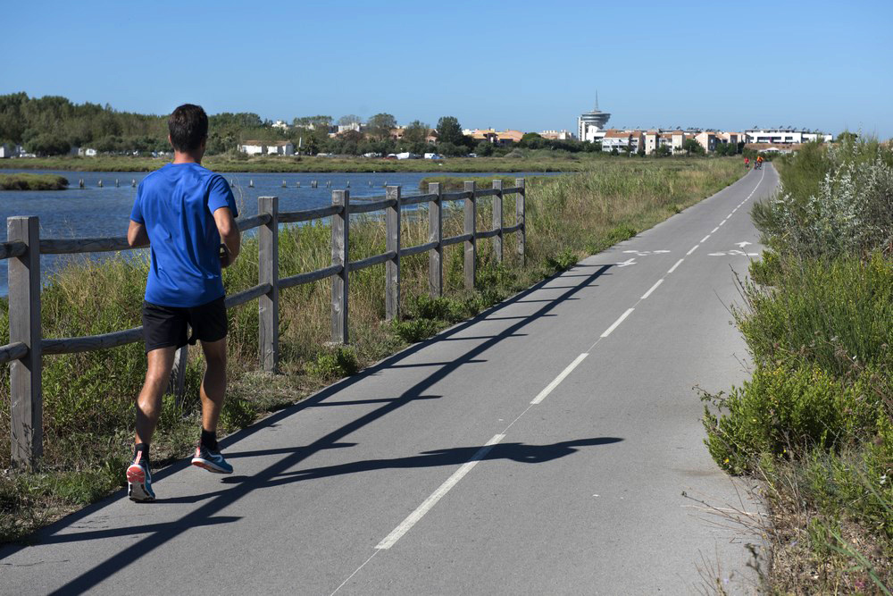 Faire un footing au bord du canal